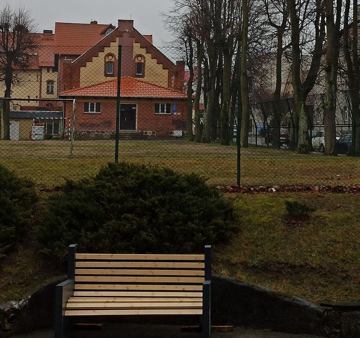 zdjęcie ławeczki kętrzyńskiego