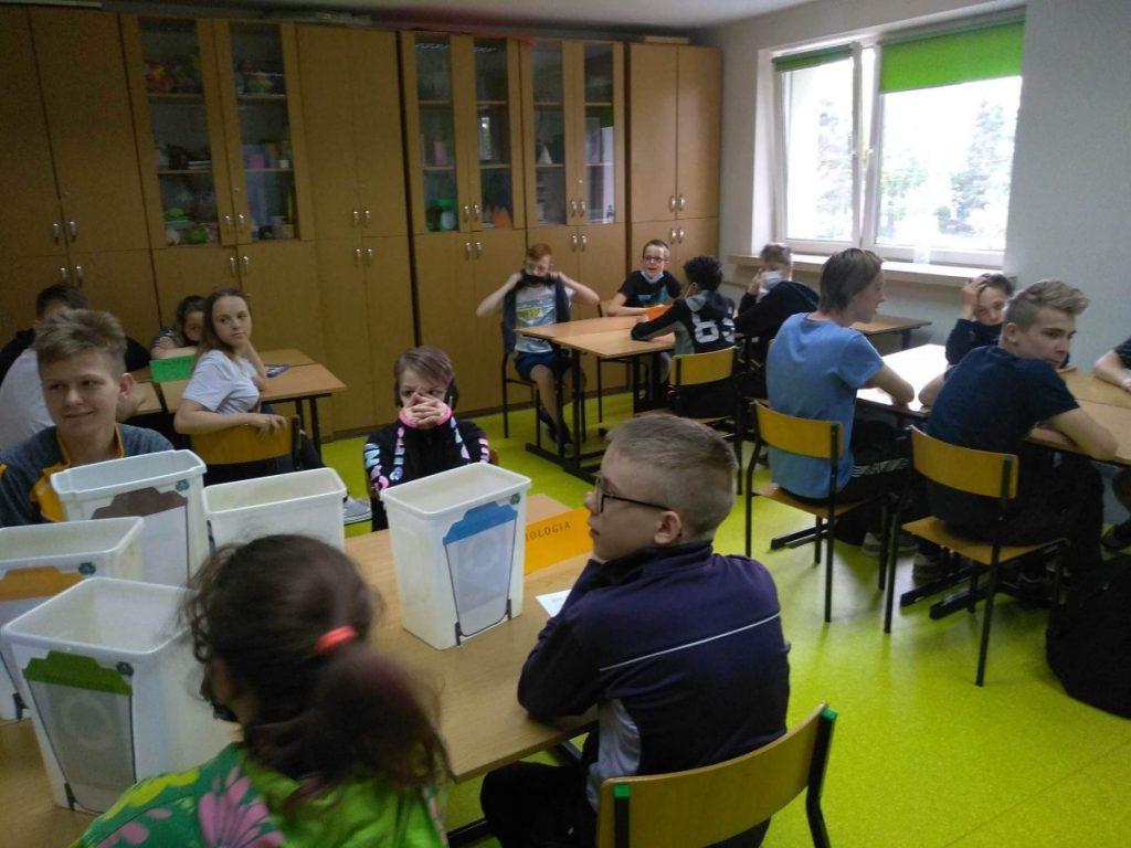zdjęcie z konkursu matematyczno przyrodnieczego w specjalnym ośrodku szkolno wychowawczym